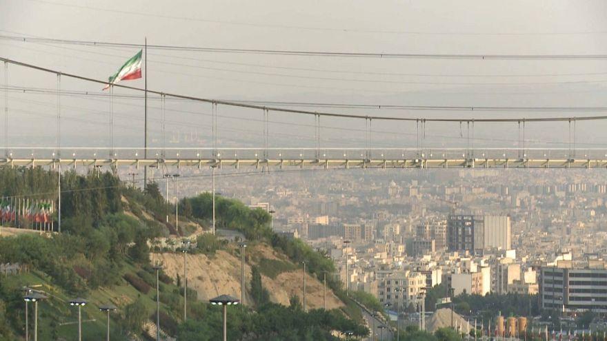 Preocupación en Irán por la devaluación de su moneda