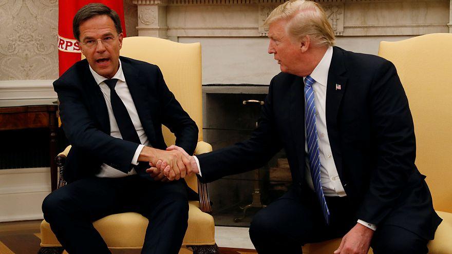 Hollanda Başbakanı Rutte canlı yayında Trump'ın sözünü kesti