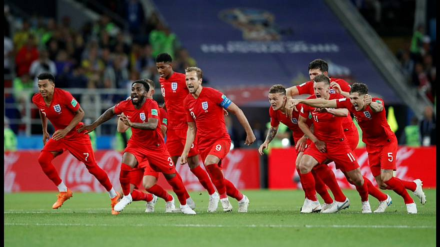 England besiegt Kolumbien