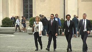 Italia, sì al decreto dignità ma traballa la flat tax: rischio Pil a ribasso