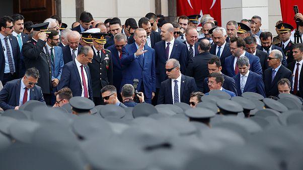 تركيا تصدر مرسوما ينقل بعض الصلاحيات إلى الرئيس إردوغان