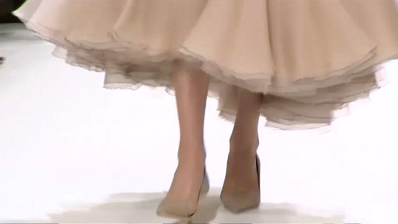 Pariser Fashion Week: Turnschuhe zu Stöckeln
