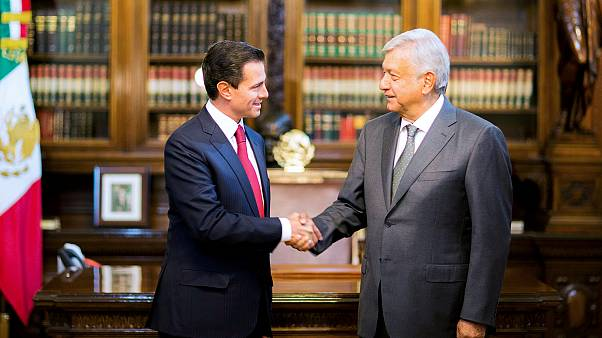 "López Obrador garantiza a Peña Nieto una transición ""sin sobresaltos"""