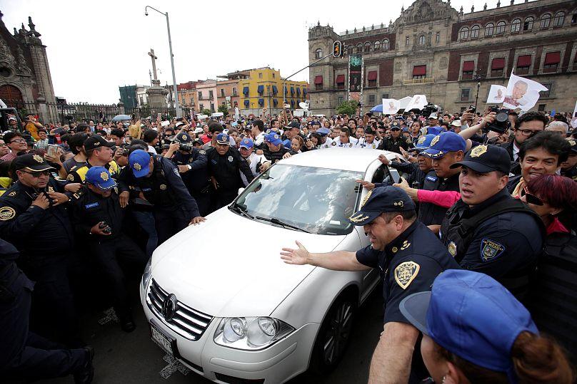 REUTERS/Daniel Becerril
