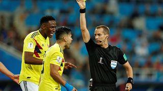 Colombia vs Inglaterra: trolean la página Wikipedia del polémico árbitro Mark Geiger