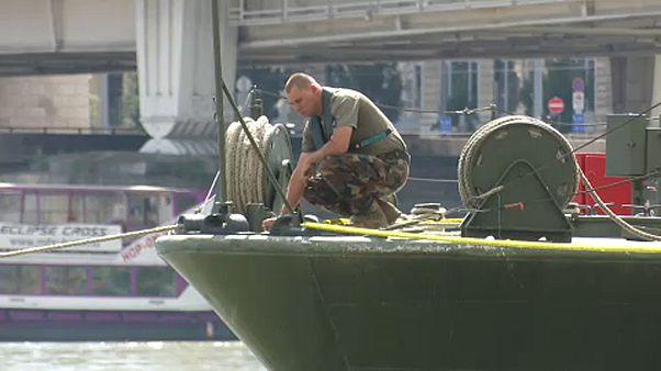 Csütörtökön emelik ki a bombát az Erzsébet hídnál