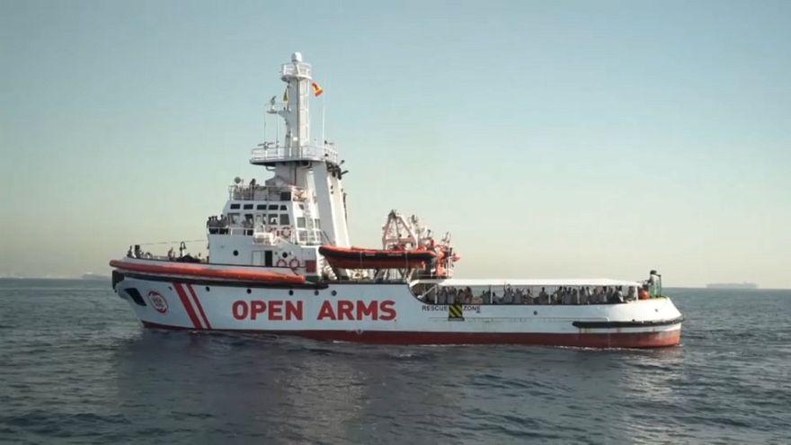 Barcelona acoge a los inmigrantes rescatados por el Open Arms