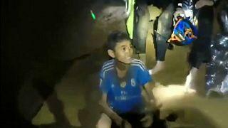 نجات اعضاء تیم فوتبال محبوس در غاز در تایلند