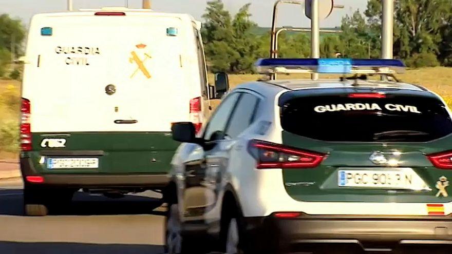 Separatistas detidos seguem para prisões na Catalunha