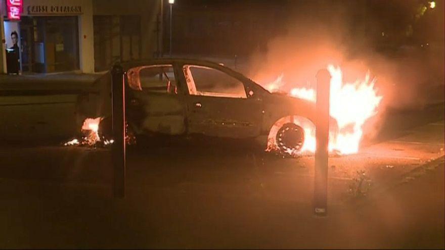 Deuxième nuit d'émeutes à Nantes