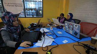 Gazzeli gençlerin kaderi 'uzaktan iş' fırsatları ile değişiyor