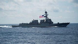 """البحرية الأمريكية بعد التهديد الإيراني: """"سنحمي حرية الملاحة وحركة التجارة"""""""