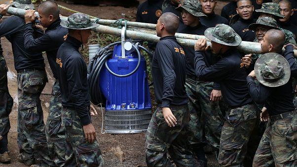 Ragazzi intrappolati in Thailandia: monsoni in arrivo, corsa contro il tempo