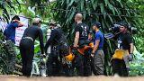 Taylandlı çocukları kurtarmaya çalışan dalgıç öldü