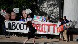 ABD: Yolsuzluk suçlamaları Trump kabinesinde istifaya neden oldu