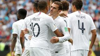 كأس العالم 2018: فرنسا تتفوق على الأوروغواي بهدفين نظيفين بفضل فاران وغريزمان