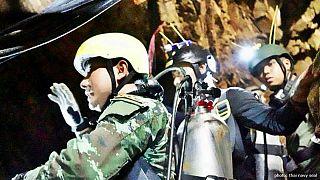 غواص تایلندی در عملیات نجات نوجوانان محبوس در غار جان باخت