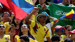 Taraftarlar İngiltere'ye elenen Kolombiya Milli Takımı'nı yalnız bırakmadı