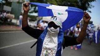 Már 300-nál is többen haltak meg a nicaraguai zavargásokban