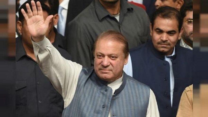 Condannato l'ex premier pakistano Sharif