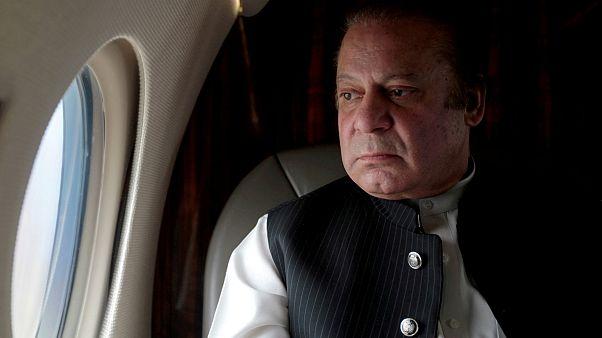 Tíz évet kapott a volt pakisztáni kormányfő korrupcióért