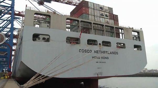 UE reage ao conflito comercial entre EUA e China