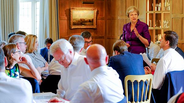 UK PM Theresa May secures Cabinet backing for 'Soft Brexit' plan