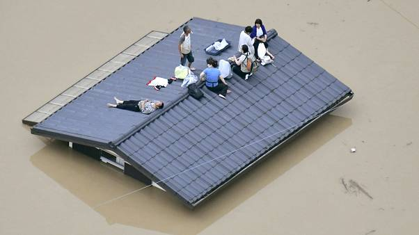 """""""Jahrhundertregen"""" in Japan - Dutzende Tote"""
