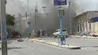 Bombák robbantak Mogadisuban