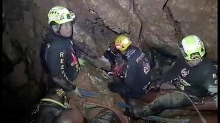 Thailandia, sta finendo il tempo nella grotta maledetta