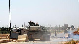 شاهد: الجيش السوري يسيطر على معبر نصيب الحدودي مع الأردن
