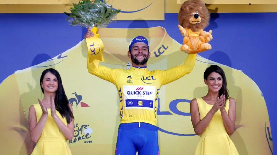 الكولومبي جافيريا في صدارة طواف فرنسا بعد فوزه بالمرحلة الافتتاحية