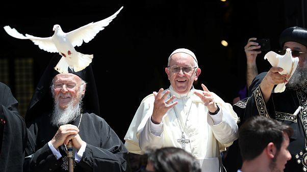 """El papa estalla: """"¡Basta de usar a Oriente Medio para obtener beneficios!"""""""