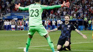 كرواتيا تخرج الدب الروسي من الباب الضيق وتتأهل للمربع الذهبي