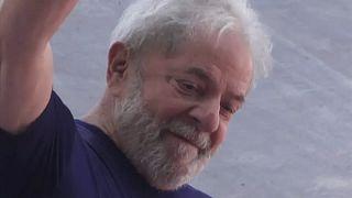 Órdenes y contraórdenes judiciales sobre la liberación de Lula