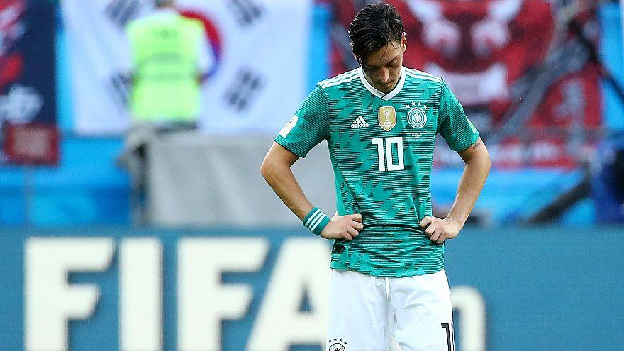 Alman futbolunun patronu Grindel'den Mesut Özil'e 'açıklama yap' baskısı