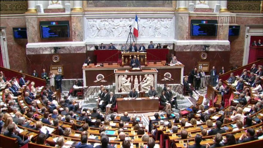 France : place à la réforme de la Constitution