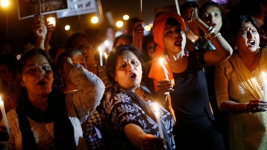 Hindistan'da toplu tecavüz davasında 3 sanığın idam kararı onandı