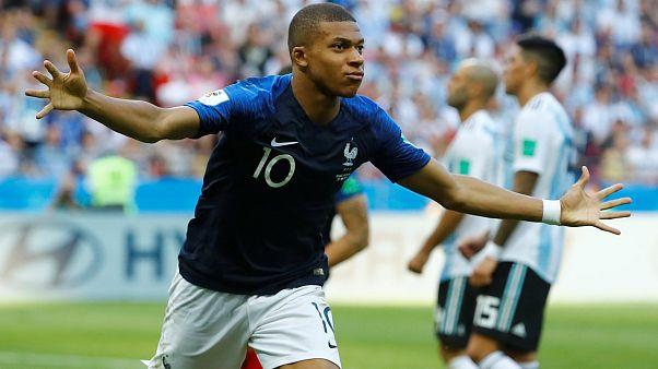 Mbappé, a focivébé francia felfedezettje