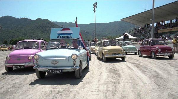 Garlenda, le rendez-vous des amoureux de Fiat 500