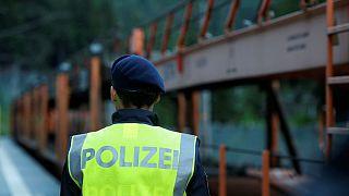 Szigorított határellenőrzés Ausztriában