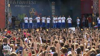 Russlands Nationalmannschaft verabschiedet sich von den Fans