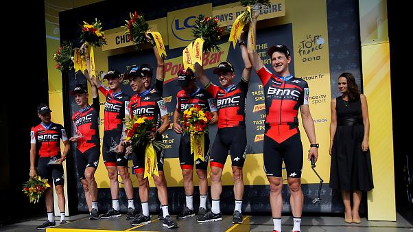 Tour de France: Έλαμψε η BMC - «Κίτρινος» ο φαν Άβερμετ