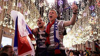 شعبية بوتين تتراجع رغم فرحة الروس بآداء منتخبهم في منافسات كأس العالم