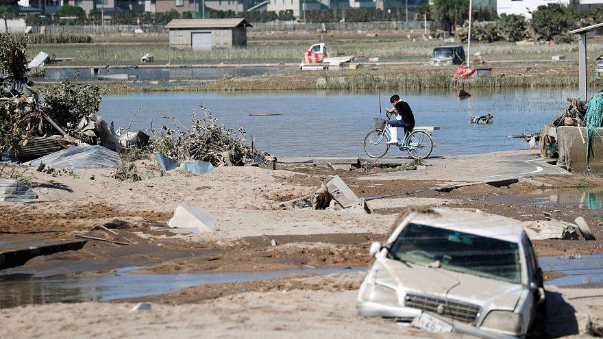 اليابان تؤجل قمة مع الاتحاد الأوروبي إثر تعرضها لفيضانات جارفة