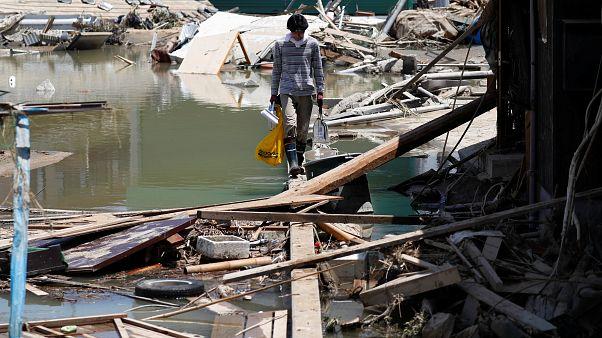 Ιαπωνία: Εκατόμβη νεκρών από τις πλημμύρες και τις κατολισθήσεις