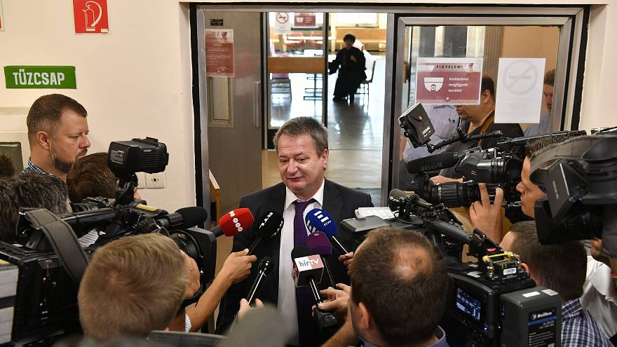 Az EU belülről bomlasztását segítette Kovács Béla a vád szerint
