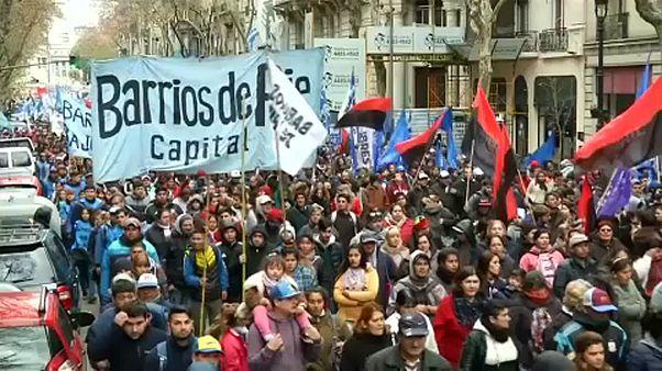 IMF-ellenes tüntetés Argentínában