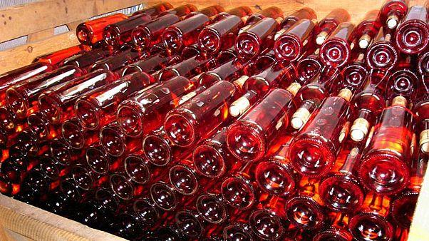 میلیونها لیتر شراب اسپانیا به نام شراب فرانسوی به مشتریان قالب شد