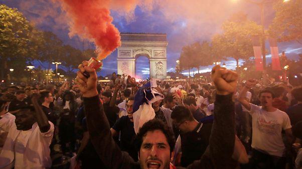 Francia in festa per la vittoria dei Bleus